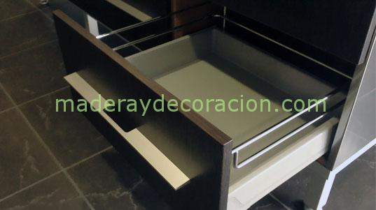 Cajones y gavetas para muebles de cocina for Cajones para cocina